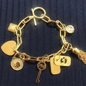 NWOT Michael Kors Gold Toggle Bracelet